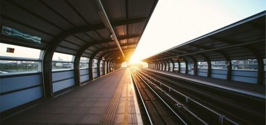 Gare au lever du soleil pour prendre son train tôt
