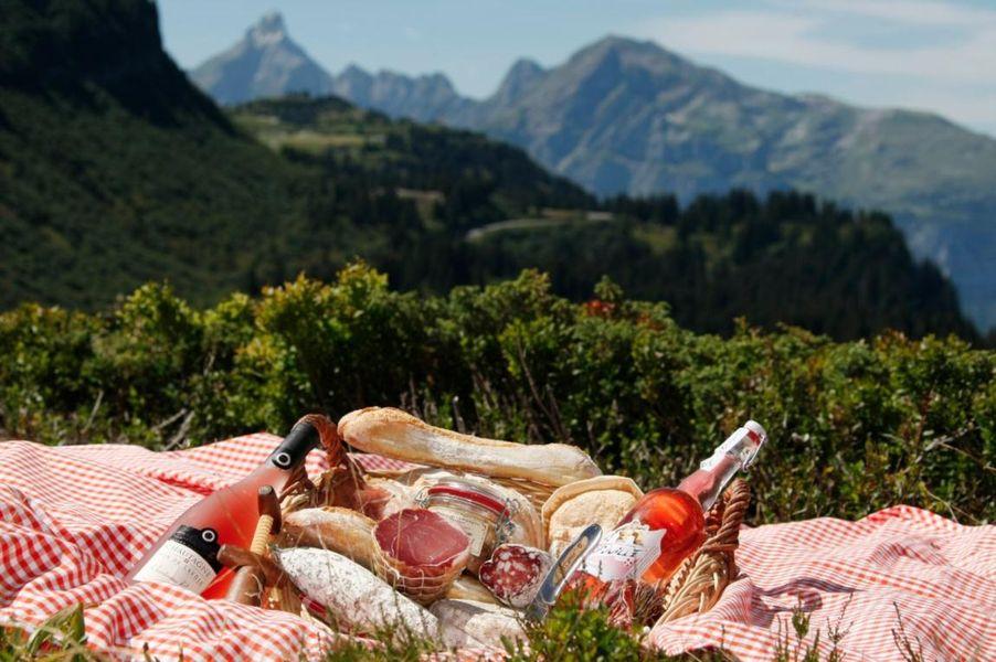 un pique nique gourmand en montagne