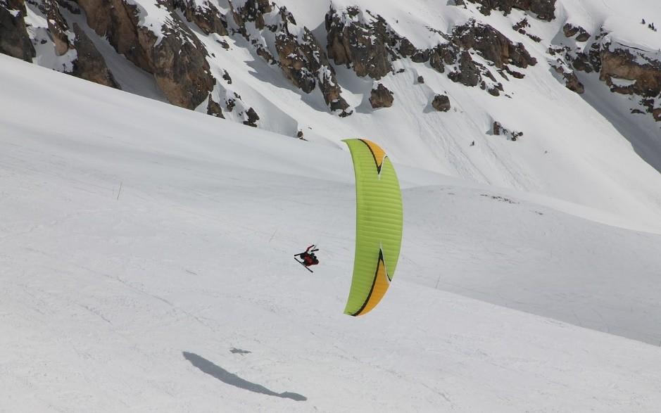 le skie et le parapente c'est possible d'apprendre !